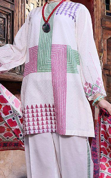 Lilac Lawn Suit   Pakistani Lawn Suits